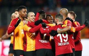 Galatasaray'da sürpriz gelişme! İmzalar atılıyor