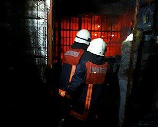 Tarsus'ta 500 iş yerinin bulunduğu halde yangın!