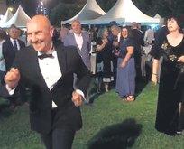 Dansa devam 'Tunç!'
