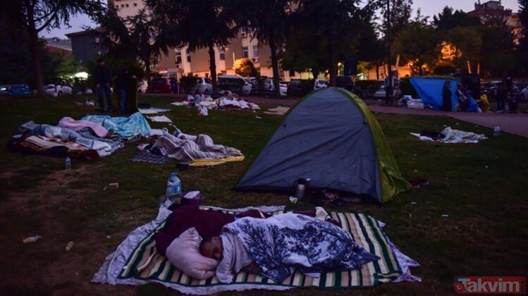 Deprem sonrası İstanbul´un en zor gecesi! Parklarda sabahladılar