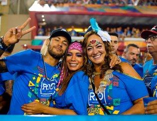 Neymar yine olay yarattı! Neymar'la Anitta'nın samimi pozları Rio Karnavalı'na damga vurdu