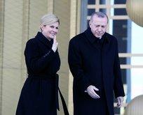 Hırvatistan Cumhurbaşkanı'nı böyle karşıladı