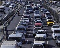 Milyonlarca araç sahibi dikkat! Trafikte yeni dönem sinyali