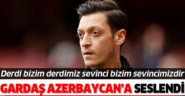 Mesut Özil'den Gardaş'a destek