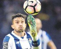 Cimbom 6.5'a sattı... Porto 20 istiyor!