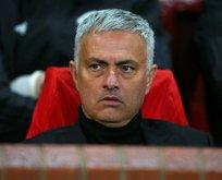 Mourinho'ya büyük şok! Resmen açıklandı