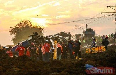 Tekirdağ'daki tren kazasından yürek burkan manzaralar