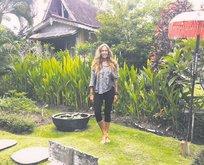 Bali'de aşka geldi