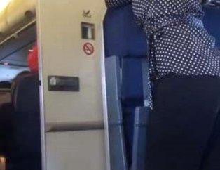 Gizlice paylaşıldı! Uçak tuvaletinde mide bulandıran rezalet!