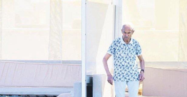 94 yaşında babalık yapıyor