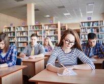 Üniversiteler açılacak mı? Üniversitelerde yüzyüze mi yoksa uzak eğitim mi yapılacak?