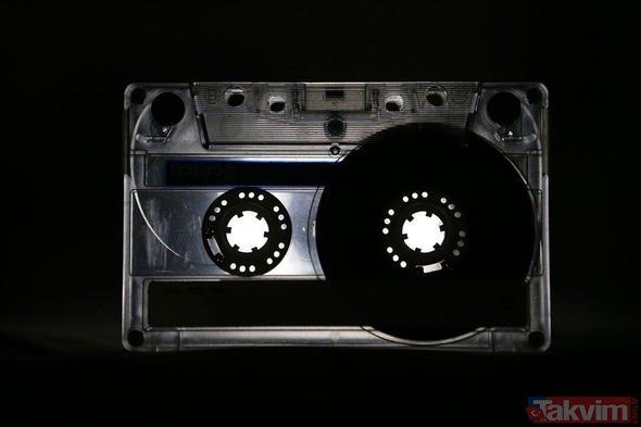 Kimse yüzüne bakmıyordu! Kasetler ve kasetçalarlar şu sıra kapış kapış satıyor!