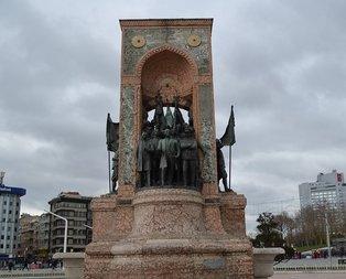 Taksim Cumhuriyet Anıtı ne zaman açıldı?
