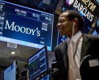 Bir Moody's komedisi daha!
