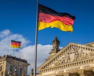 Almanya'da FETÖ'den skandal broşür