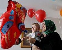 Bakan Kaya'dan 15 Temmuz şehidinin oğluna yaş günü sürprizi