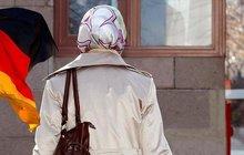 Almanya'dan skandal başörtüsü kararı