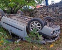 Otomobil bahçeye düştü
