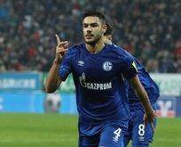 Liverpool Ozan Kabak'ı istiyor