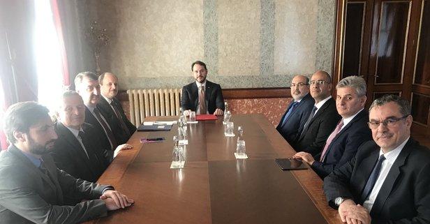 Bakan Berat Albayrak Katılım Bankaları Birliği yönetimi ile bir araya geldi