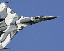 Ukraynada  Su-27 savaş uçağı düştü! 2 asker...