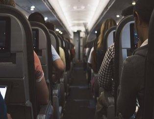 Uçağa binenler dikkat: Kimse bilmiyor! Meğer kulaklığı taktığınızda...