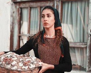 Çukurova'nın Fadik'i kırmızı elbisesiyle göz doldurdu!