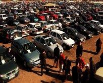 20 bin ve 30 bin liraya satılan ikinci el arabalar ilgi çekiyor