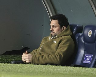 Fenerbahçe Teknik Direktörü Erol Bulut: Göztepe yenilgisini telafi edeceğimiz maçlar var