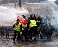 Fransa'da sular durulmuyor!