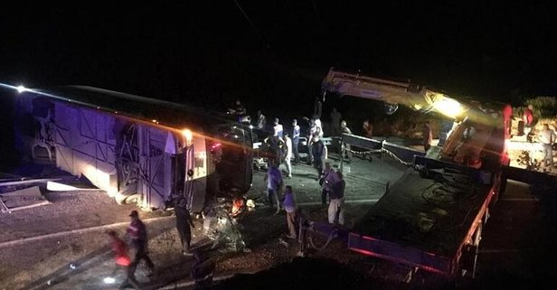 Antalya'da facia! 1 kişi öldü, 10 kişinin hayati tehlikesi sürüyor