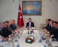 Bakan Berat Albayraktan OVP öncesi kritik toplantılar