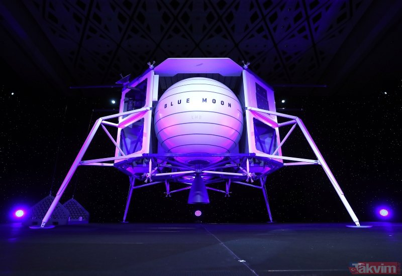 Amazon'un patronu Jeff Bezos Ay'a uzay aracı gönderecek