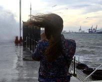 Meteorolojiden çok kritik fırtına ve yağış uyarısı! 23 Ocak Çarşamba hava durumu