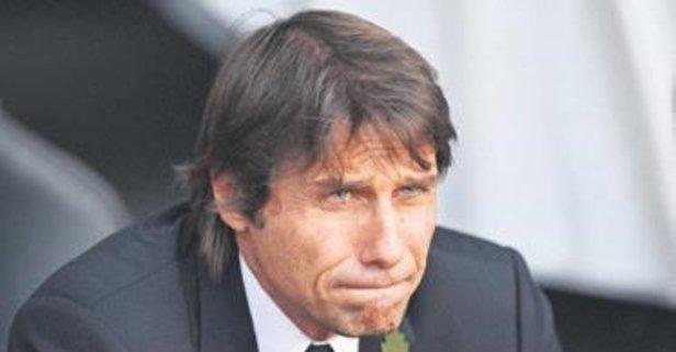 Chelsea Conte ile sözleşmeyi feshetti