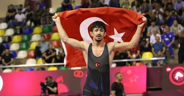 Milli güreşçi Kerem Kamal, dünya şampiyonu!