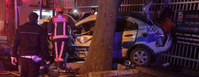 Sinan Çetin'in oğlu polis otosuna çarptı