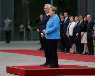 Merkel'in titreme sebebi hipoglisemi atağı mı?