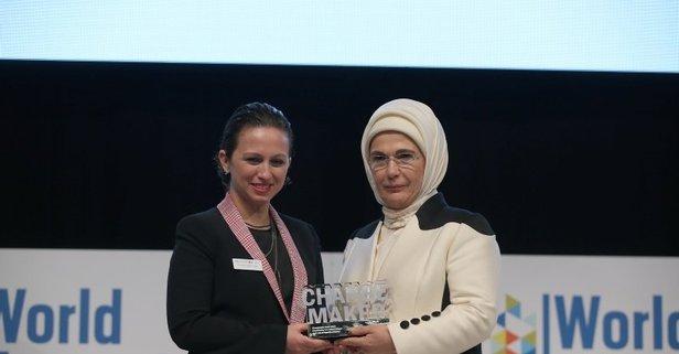 Emine Erdoğan'a anlamlı ödül