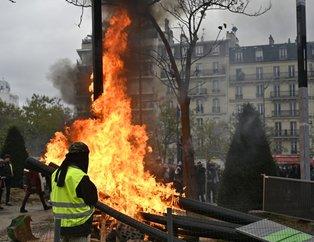 Fransa'da sarı yelekliler gösterilerin birinci yılında yine sokaklarda