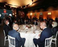 Başkan Erdoğan sanatçılar ve gençlerle buluştu