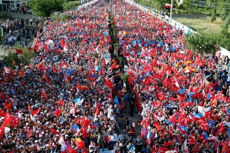 Cumhurbaşkanı Erdoğan Diyarbakırda coşkuyla karşılandı!