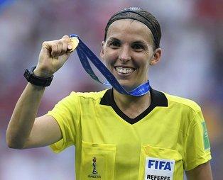 Liverpool Chelsea maçının hakemi Stephanie Frappart kimdir? Kaç yaşında ve nerelidir?