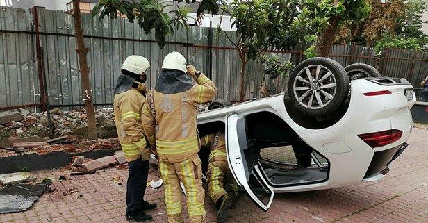 İstanbul'da kontrolden çıkan araç takla attı