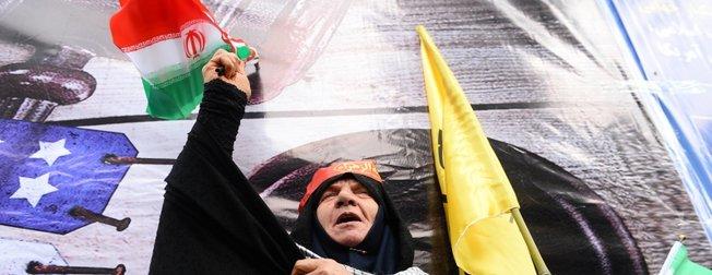 İran'da ABD Büyükelçiliği'nin işgalinin 40. yıl dönümü kutlandı