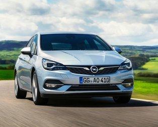 2020 model Opel Astra makyajlanmış kasası ile büyüledi!