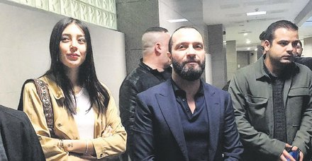 Arda Turan-Berkay davasında flaş gelişme! Berkay'ın aylık geliri şoke etti... Arda Turan'ın Özlem Ada Şahin'i taciz ettiği iddiası