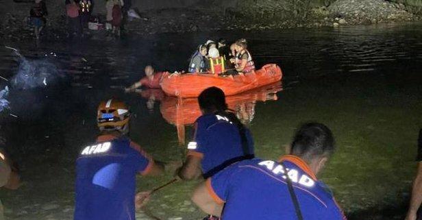 Dicle kıyısında mahsur kalan 21 kişi kurtarıldı