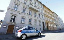 Almanya'da şok: Evinde ölü bulundu
