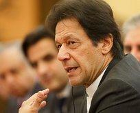Pakistan Başbakanı Han'ı taşıyan uçak acil iniş yaptı
